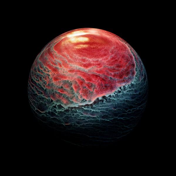Single Malt Scotch Droplets Look like Alien Planets Up-Close