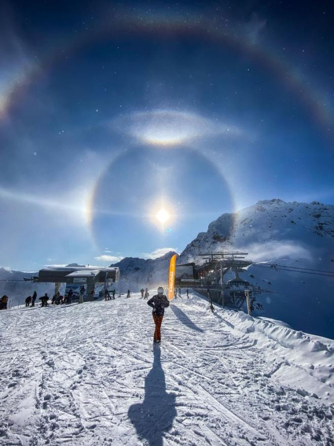 Light Halo by Michael Schneider