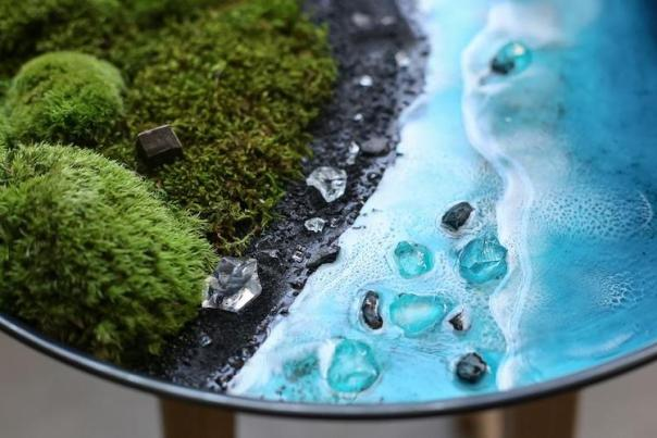 Moss and Resin Wall Art by Anna Paschenko