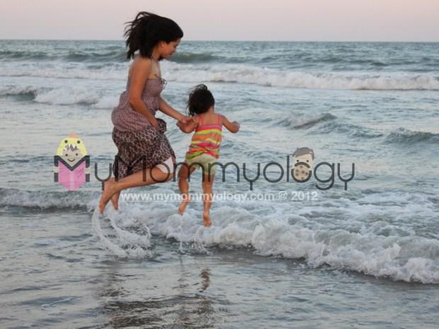 My Mommyology Beach Mom