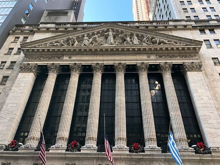 picture of the New York Stock Exchange