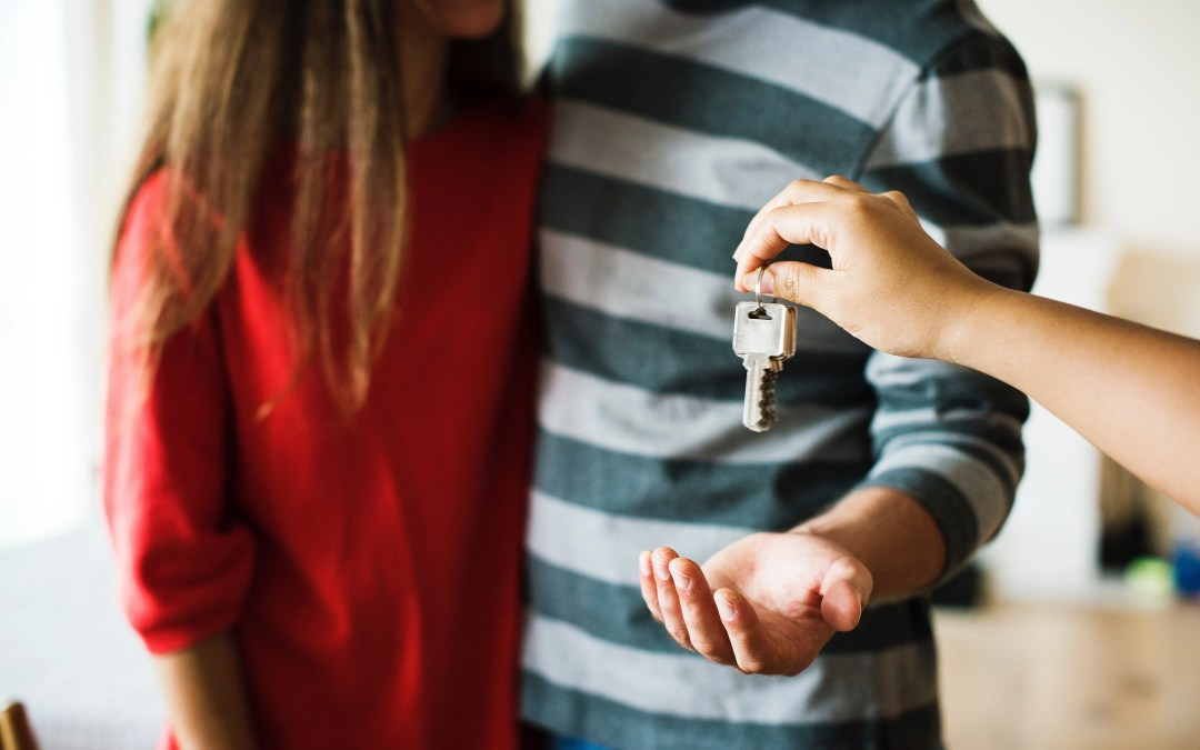 What You Need to Know About Buying a House in Summer 2018