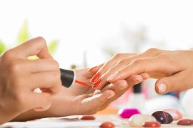 how much does it cost to open a nail salon
