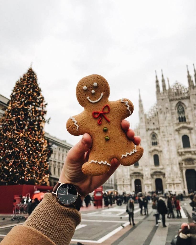 Getting Into The Christmas Spirit In Milan My Name Is Pietro