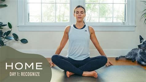 Yoga with Adrienne 2020: Home (avec traductions et explications des postures incluses)