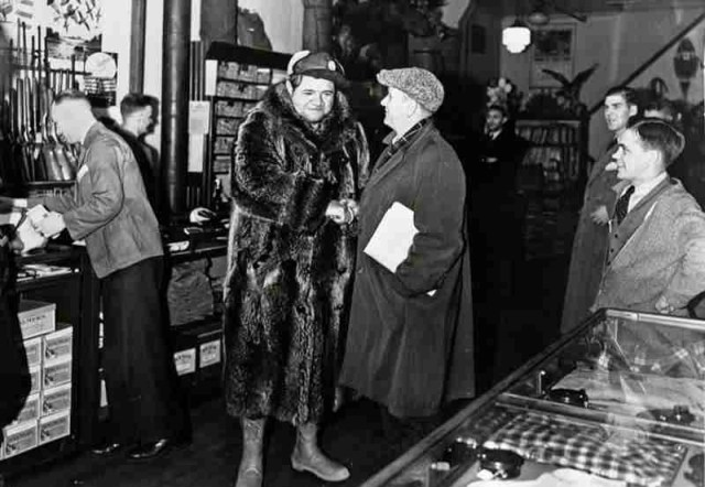 babe ruth neills sporting goods 1930
