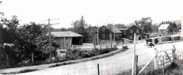 Hawkins mill in 1920 before stone bridge