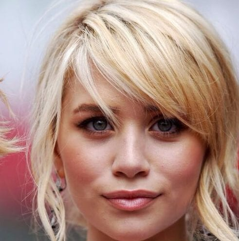 Choppy side-swoop bangs mary kate olsen haircuts for round faces