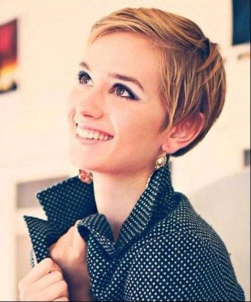 Cute short sleek pixie haircuts for round faces