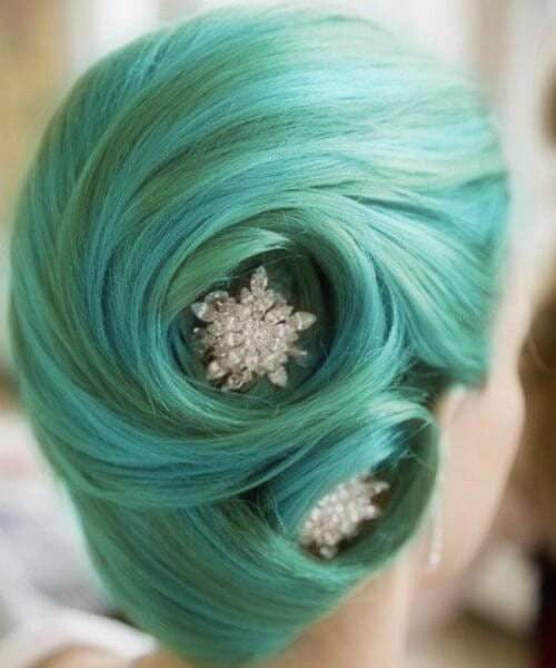 14. teal and green pin up hairstyles with jewels