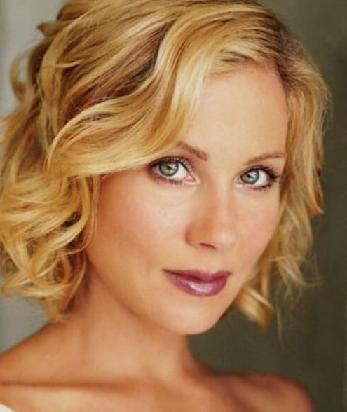 christina applegate hairstyles for women over 40