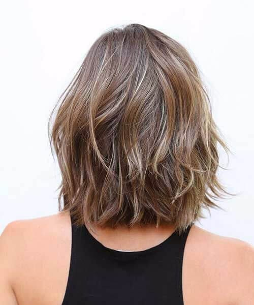 layered nutmeg shoulder length bob