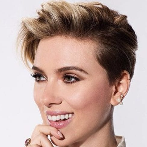 scarlet johansson long pixie cut
