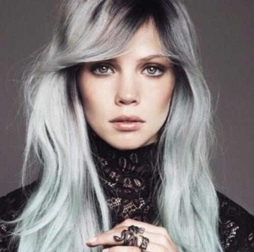 gris flequillo en capas corte de pelo