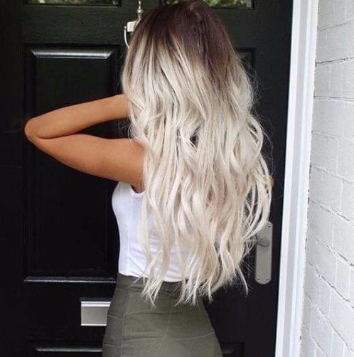 hielo rubia balayage color de pelo
