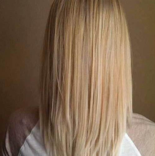 v en forma de cortes de pelo en capas