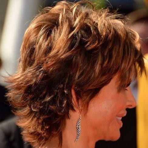 lisa rinna short hairstyles for thick hair