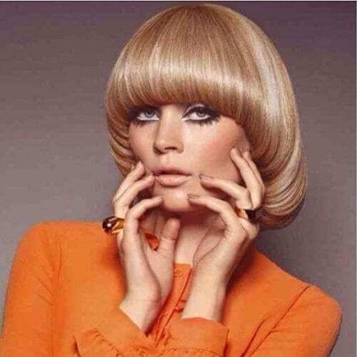 Geometric rounded graduation 60s inverted bob