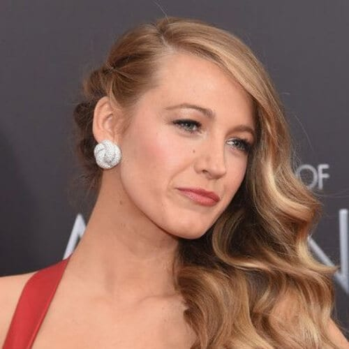 blake lively side hairstyles for prom
