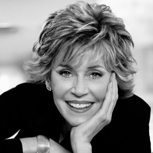 feathery Jane Fonda hairstyles pour L'Oréal Paris
