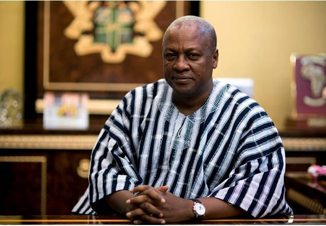 Photos: Celebrities storm Mahama's residence to celebrate him on his birthday