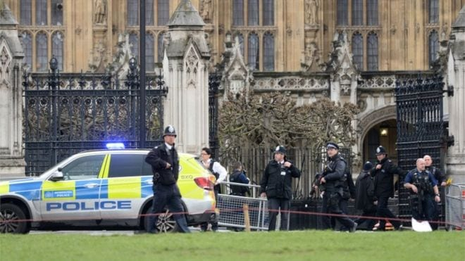 Parliament shooting: Police officer 'stabbed'