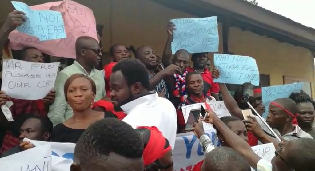 Former Minister Advises NPP Youth against Violence over MMDCEs