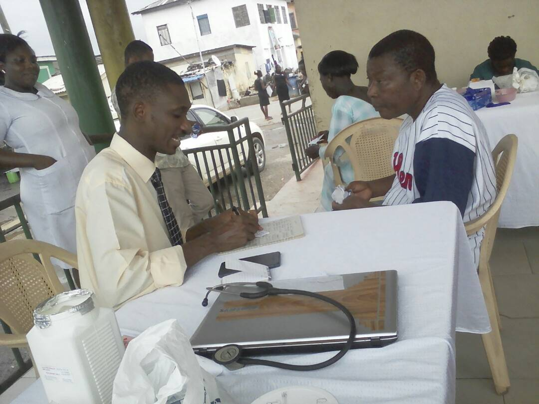 300 residents of Elmina benefit from free medical screening