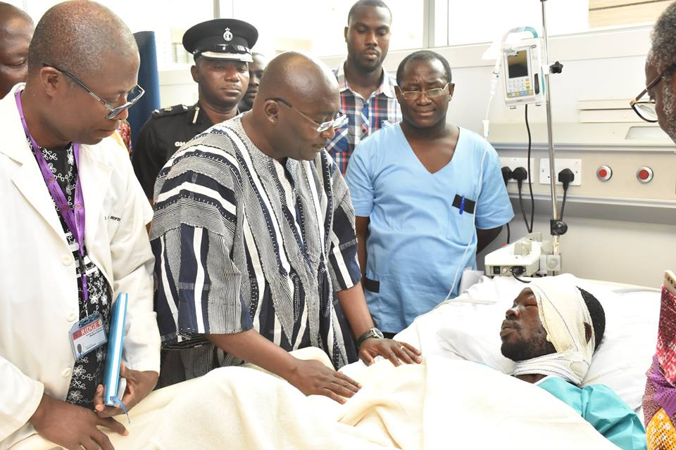 PHOTOS:Bawumia visits gas explosion victims