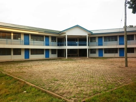 RE:15 SHS girls 'sacked' for meeting their lovers and sending nude images