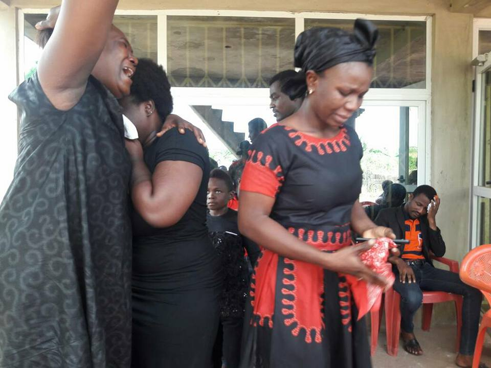 Photos: Colleague actors and actresses commiserate with Maame Serwaa