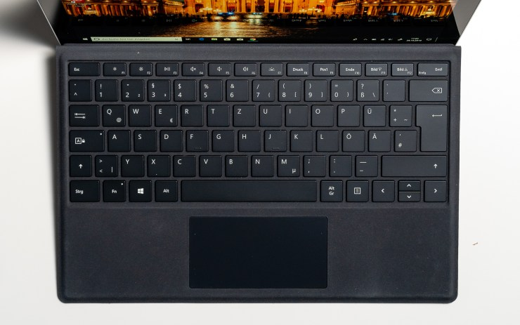 Microsoft Surface Pro 6 Type Cover