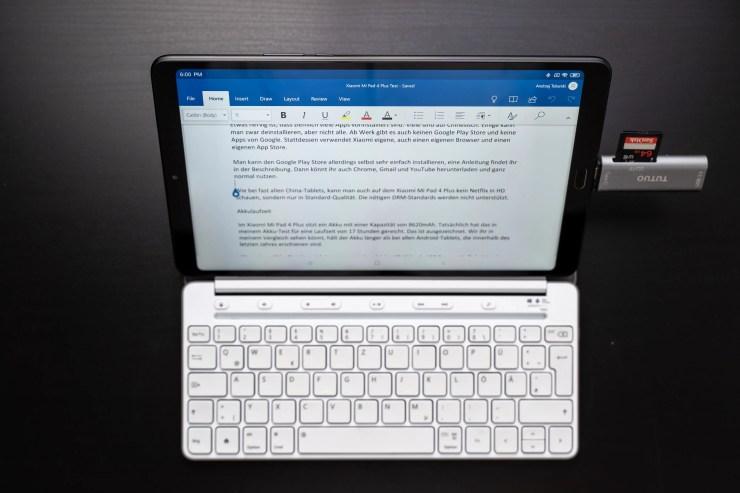 Xiaomi Mi Pad 4 Plus with keyboard