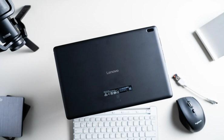 Lenovo Tab E10 back