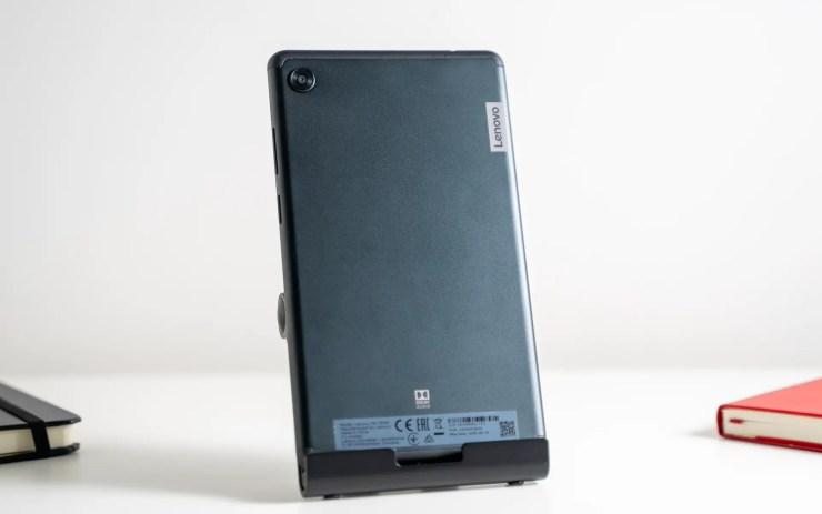 Lenovo Tab M7 back