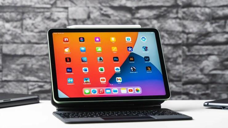 Apple iPad Air 4 test