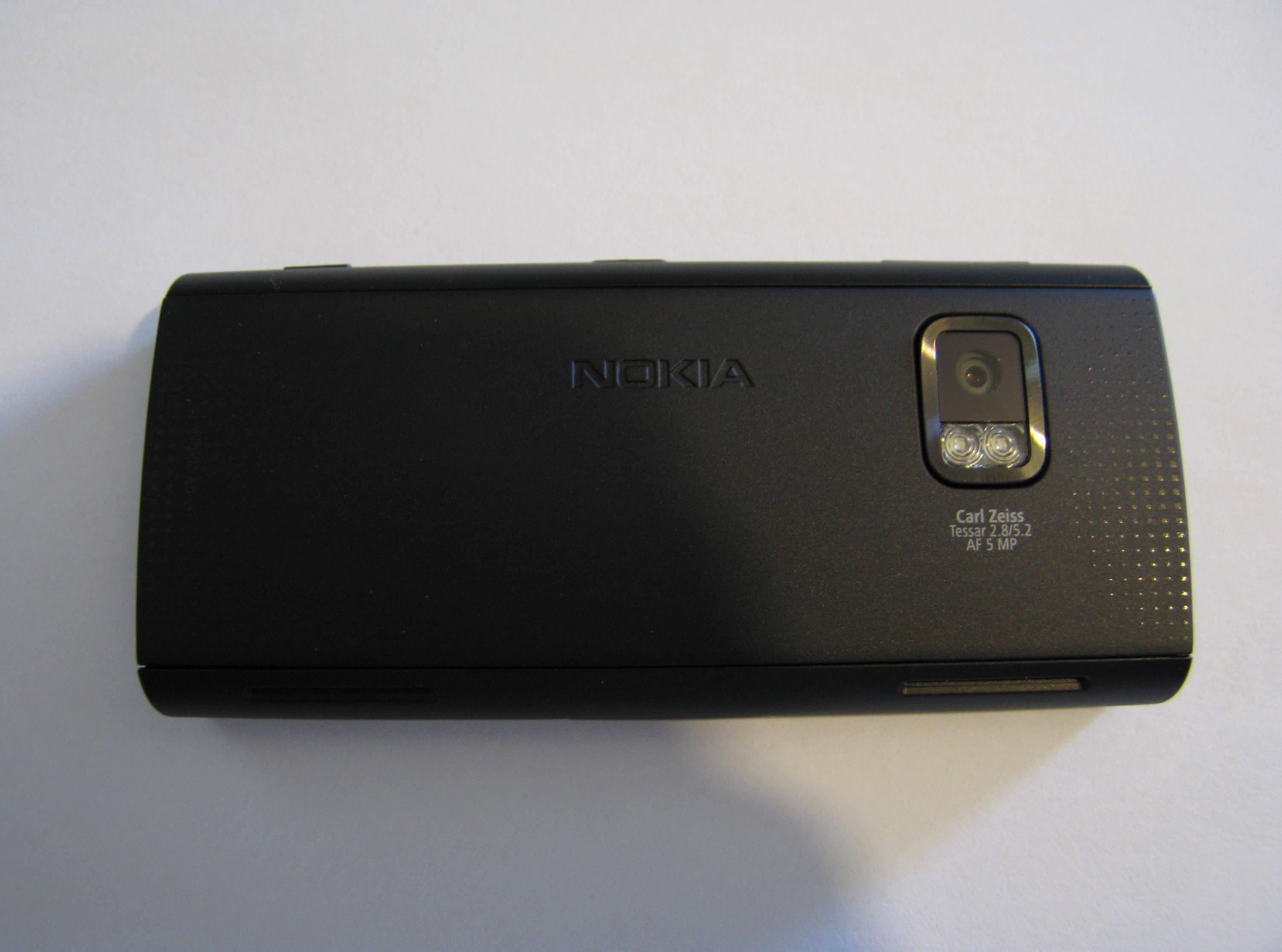 Nokia X6 – Back
