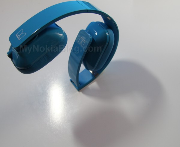 Nokia Purity HD Monster Cyan(33)
