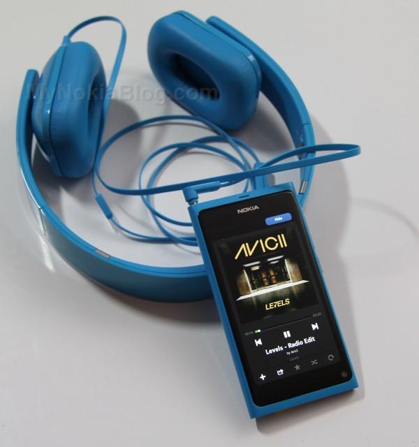 Nokia Purity HD Monster Cyan(43)