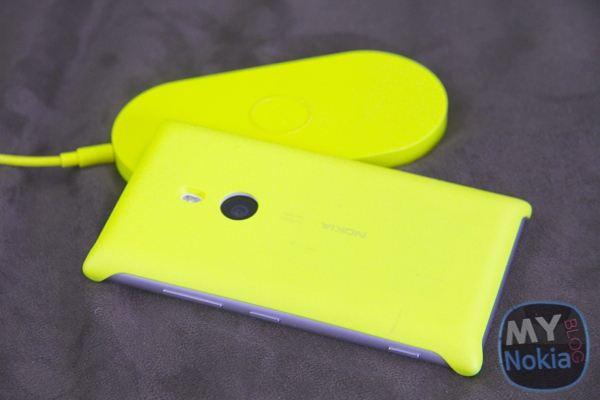 MNB IMG_1878Wireless Charging Cover