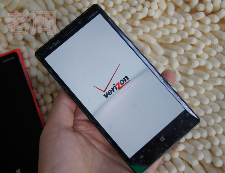 Verizons-Nokia-Lumia-Icon-929-is-available-in-China