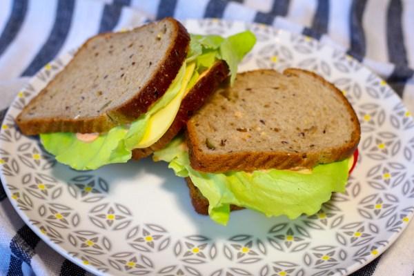 Sandwich avocado