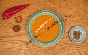 Supă Romesco cu migdale și năut