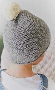 Mütze aus grauer Schafwolle