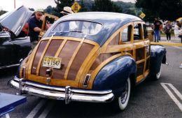 1947 Nash Ambassador Suburban 4-door Woodie