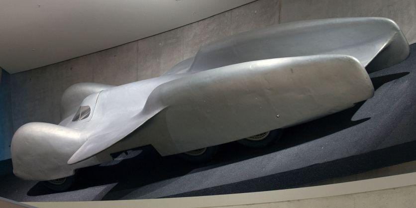 1939 Mercedes Benz T80 rear
