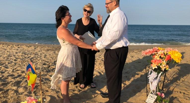 Beach-Wedding-officiant-oBX-testimonial