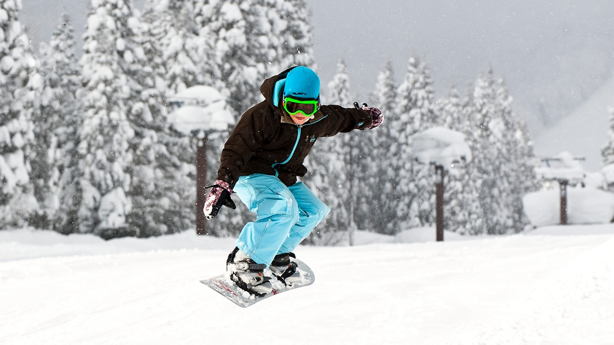 AS-Gal-3-1200w-x-675h-800wx450h Kids (7-14) Shredders - Group Snowboard Lessons