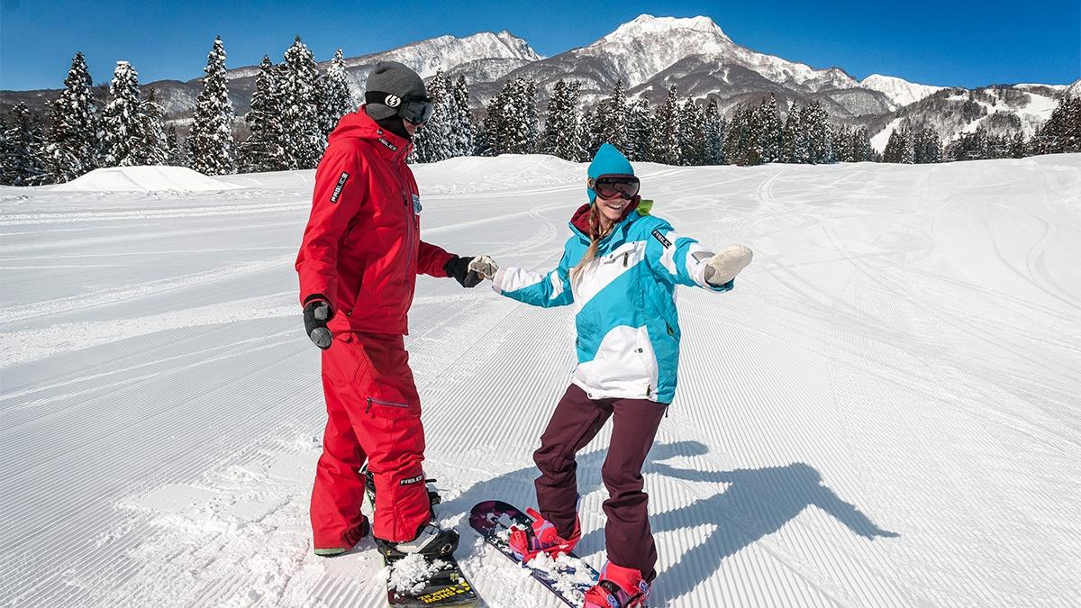 SS-Gal-2-1200w-x-675h-800wx450h Adult (15+) Group Ski & Snowboard Programs