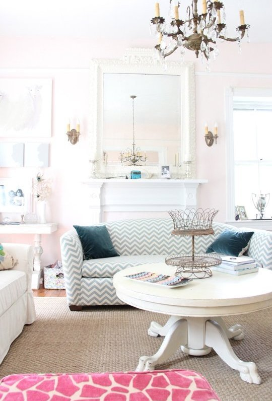 MY LIVING ROOM WHEN IT WAS PINK